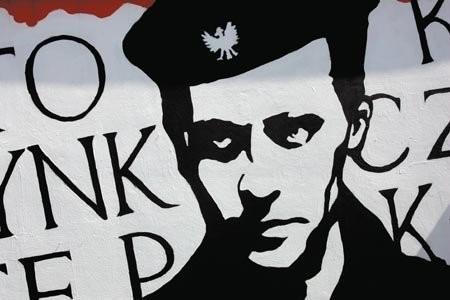 Elegia Ochłopcu Polskim Kk Baczyński Wiersz Klasyka